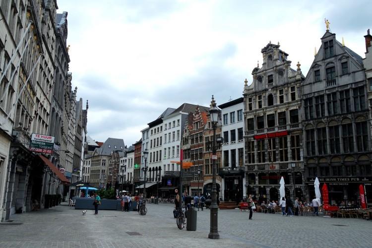 Antwerpen_grandplace1