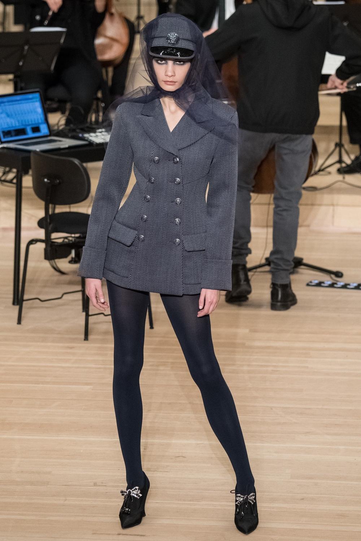 chanel_metiers_d_art_2018_dresscoat
