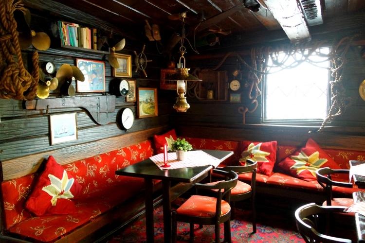 stockholm-food-boatrestaurant
