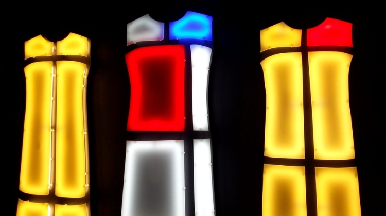 glowbalfashion-ysl-mondrian-expo-4